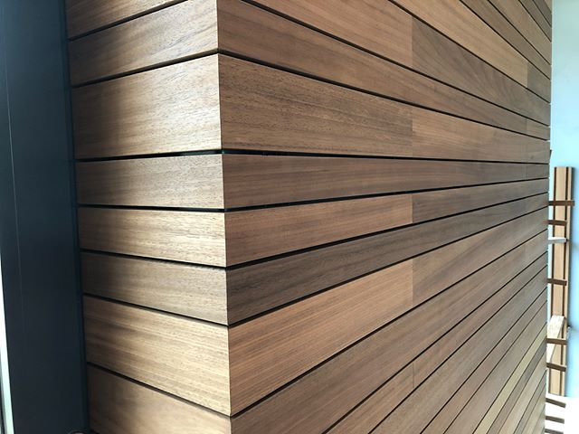 @vetedy_group  #vetedy#vetedygroup#wood#ayouswood#thermoayous#woodwork#45degree#detail#detailwork#iphone8plus