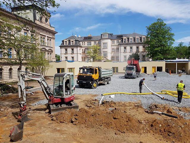zemnipracepraha.eu #zemniprace#bager#tatra#daf#takeuchi#excavator#praha#prague#cz#tatraneznabratra